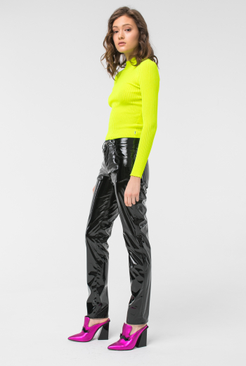 Лакированные брюки