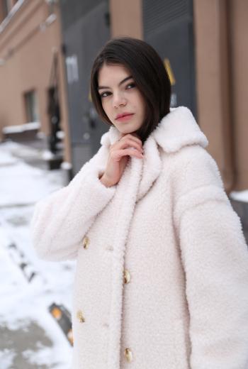 Пальто из овечьей шерсти