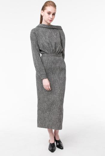 Платье из фактурной ткани