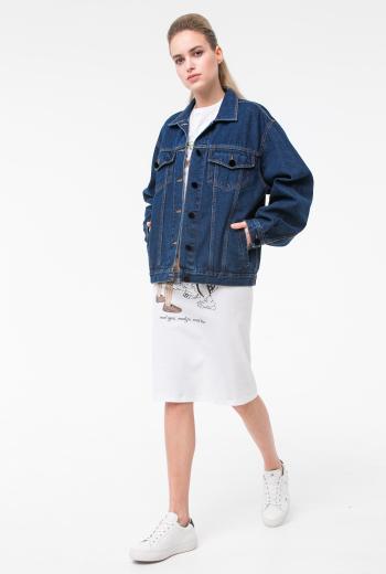 Джинсовая куртка с надписью
