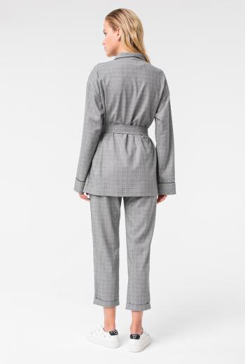 Жакет костюмный с поясом в клетку